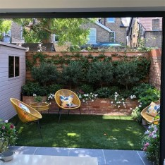 Chic Small Courtyard Garden Design Ideas For You02