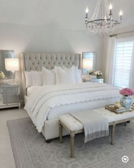 Cute Chandeliers Decoration Ideas For Your Bedroom30