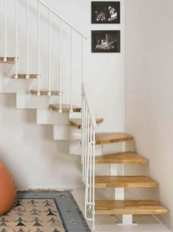Incredible Stairs Design Ideas For The Attic To Try28