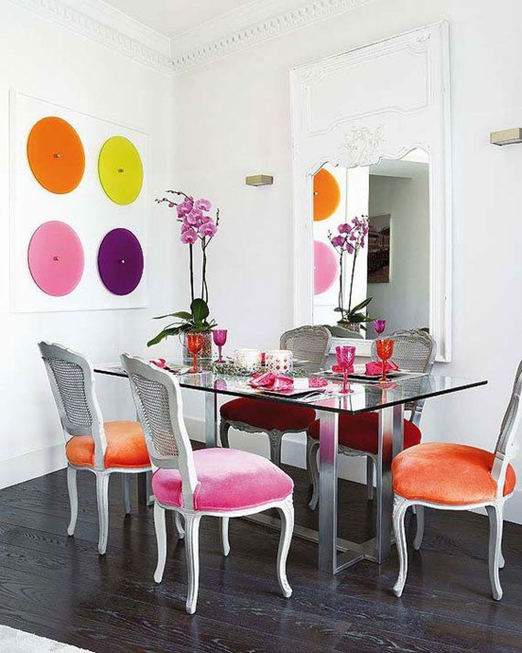 Stunning Dining Room Design Ideas With Multicolored Chairs02