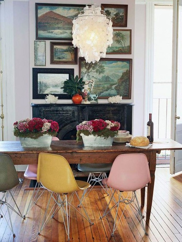 Stunning Dining Room Design Ideas With Multicolored Chairs21