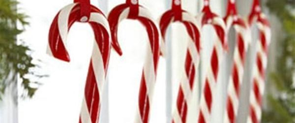 Lovely Outdoor Candy Cane Christmas Decorations Ideas