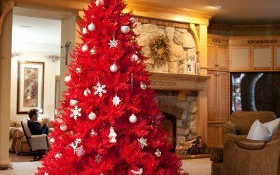 Stunning Red Christmas Tree Ornaments Ideas