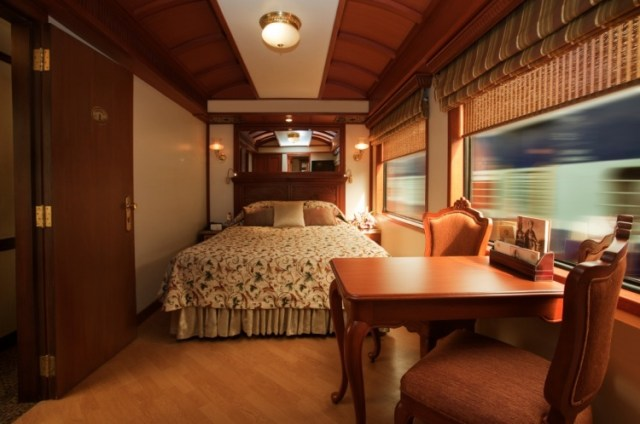 Maharajas Express A Luxury Train in India 5