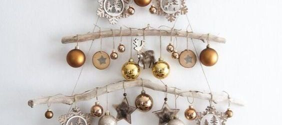 Lovely Wall Mounted Christmas Tree Ideas