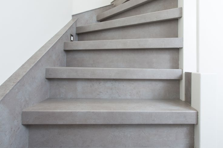 Interieur trend de betonlook trap traprenovatie met beton