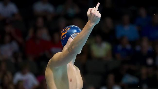 santo Condorelli showing middle finger in Rio Olympics 2016