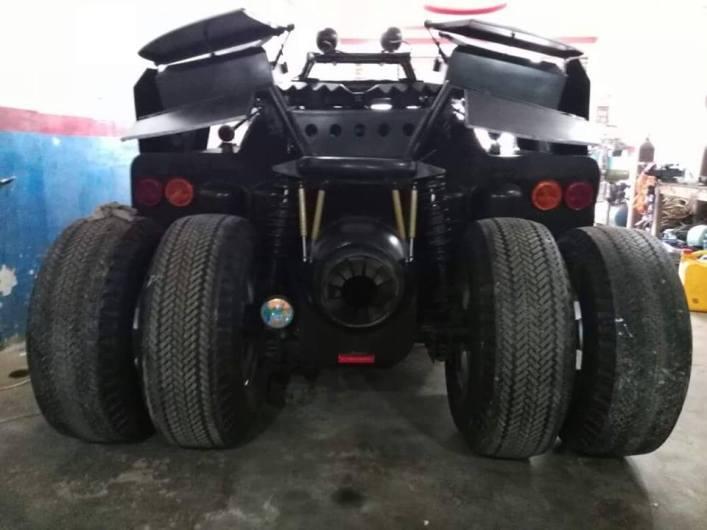 batmobile-made-in-pakistan3