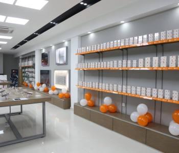 Xiaomi opens first flagship store in Faisalabad Pakistan