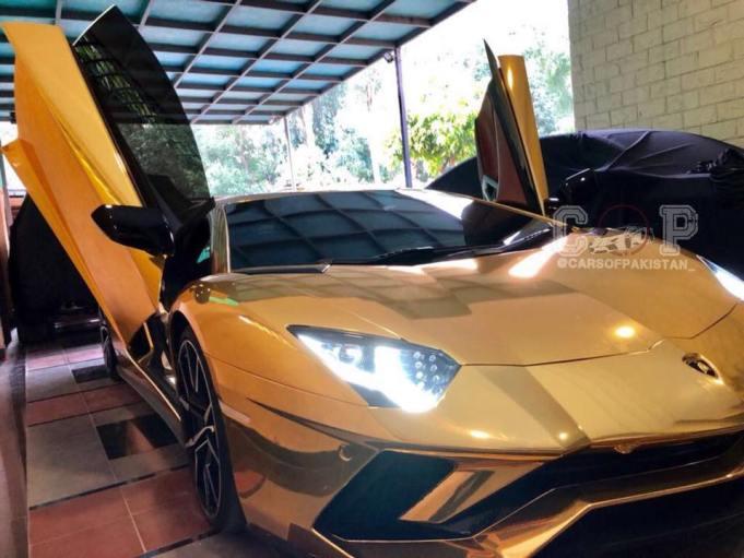 18k Gold Foil Lamborghini Aventador S Arrives In Islamabad