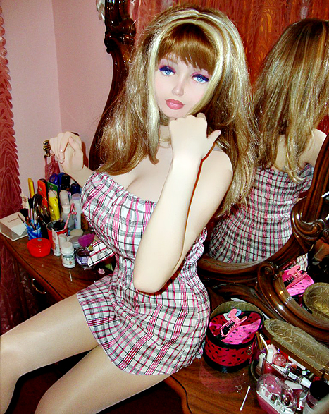 Lolita Richi Teen Barbie From Ukraine Claims No Plastic