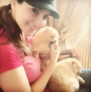 Sunny-Leone-Sexy-Twitpics-with-puppies-Hot-Wallpapers