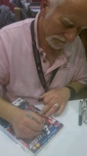 Chris Claremont signing Excalibur #1