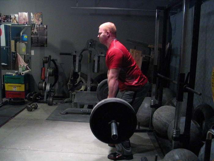Round Back Deadlift