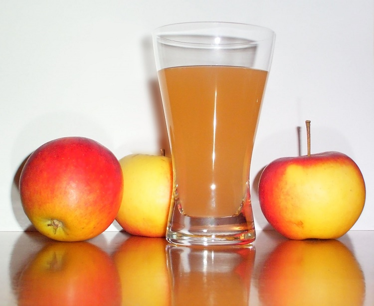 Apple cider vinegar soothes an upset stomach