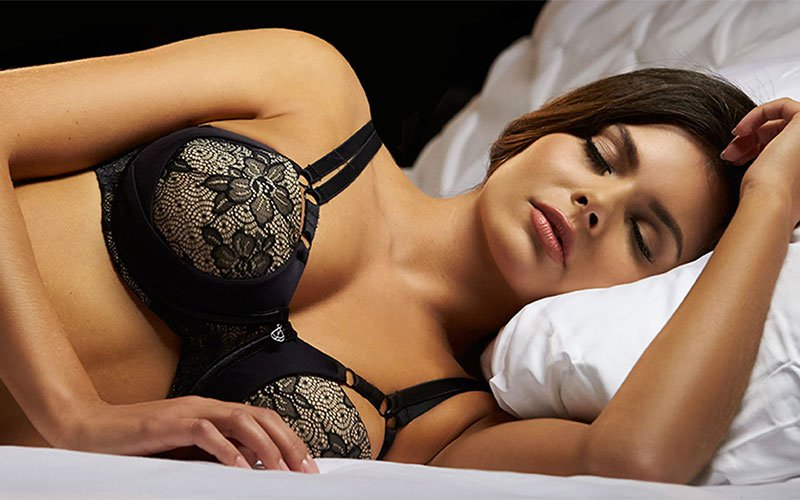Sleeping with your bra on destroys the body