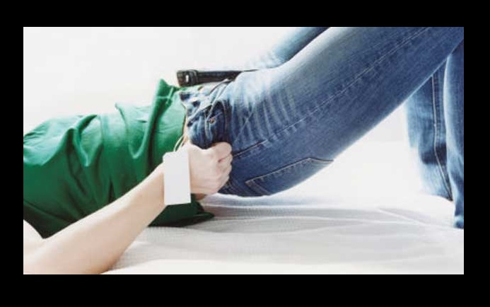 Wearing tight jeans can you damage nerves