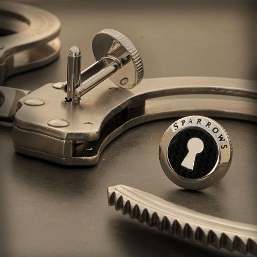 Free beer promo for criminals turned out to be a pair of handcuffs