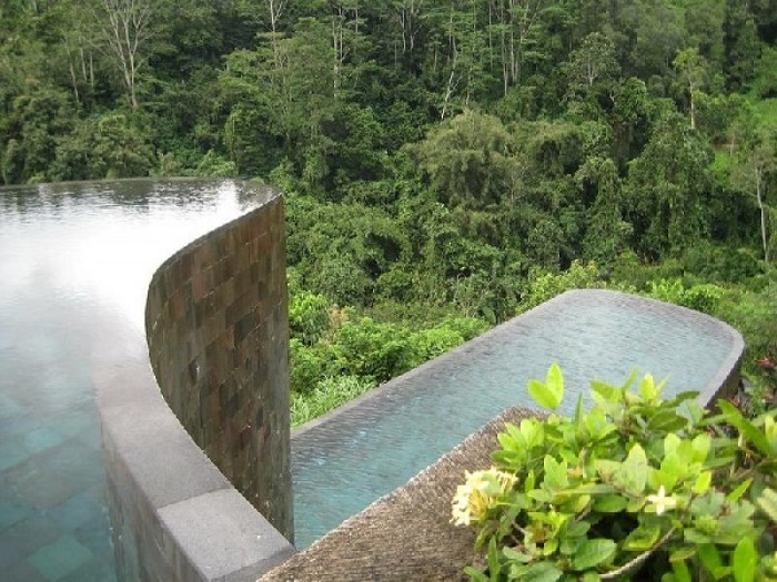 Hanging Gardens Ubud Hotel Luxury Pool