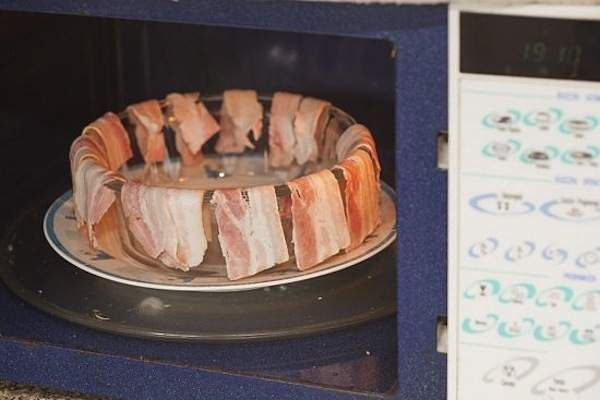 crispy bacon in your microwave