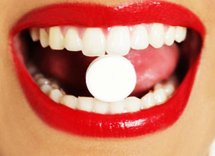 Tums to cure mouth ulcers