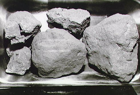 Research on Lunar rocks from the Apollo mission provides new insight!