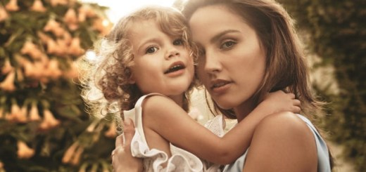 Model criticized for doing something to her daughter, no mother would do