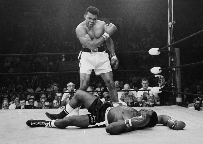 Ali's iconic moment in boxing history
