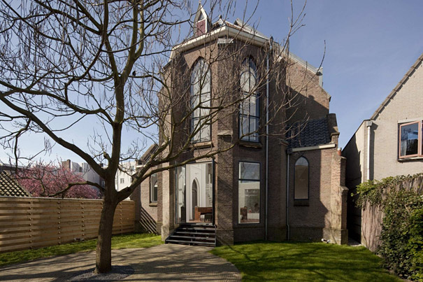 Church Converted Into Modern Family Home