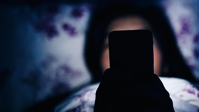 stop using gadgets at night
