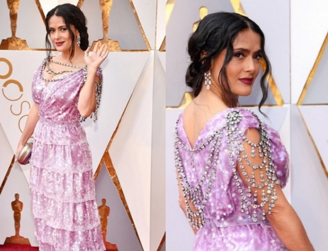 Is Salma Hayek chic