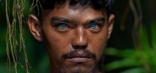This Photographer Documented an Indigenous Tribe and Found That All of Them Had Stunning Blue Eyes