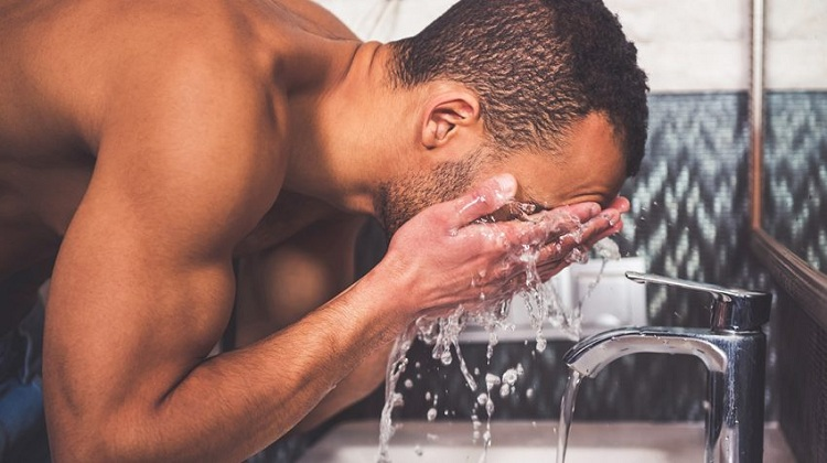 Stop using soap to wash your face