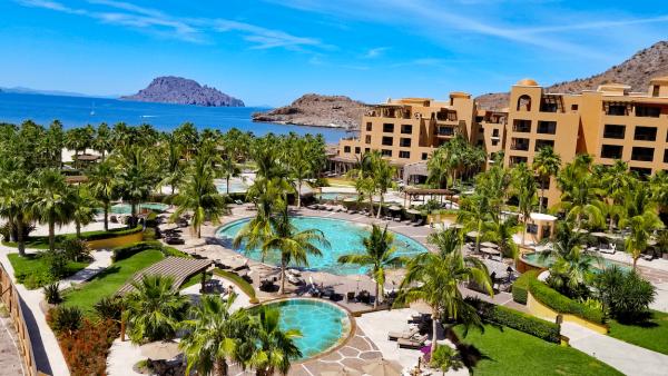 Destination Wedding Venue: Villa Del Palmar Islands of Loreto
