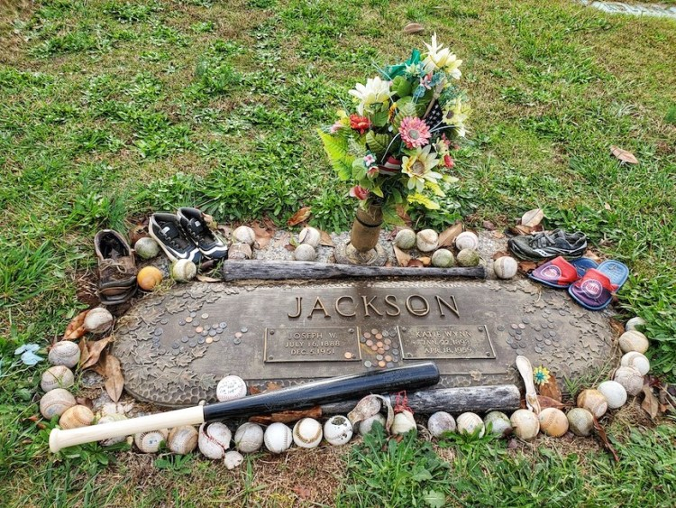 Grave marker for Joe Jackson and his wife Kate Wynn
