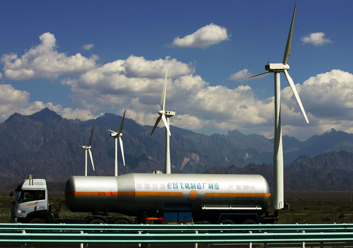 China Proves Successful in Renewable Energy Expansion