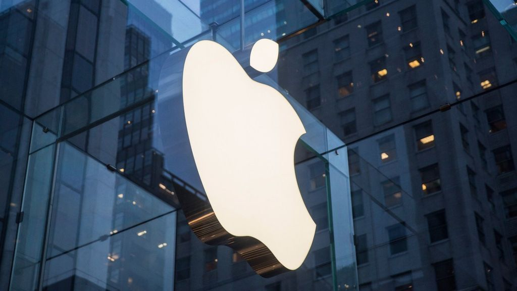 Self-Driving Car draws the Attention of Apple
