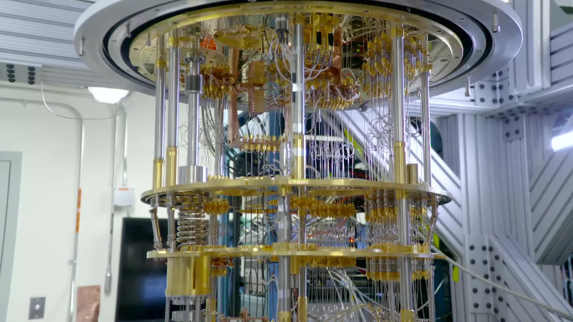 quantum computer Like most things that sound too good to be true, quantum computing comes with  some exasperating fine print the famous quantum weirdness of the.