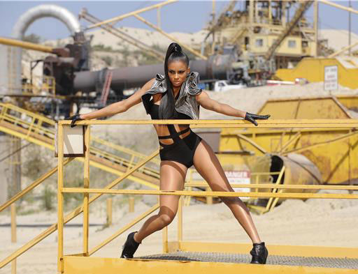 ciara-work-video-photos-02