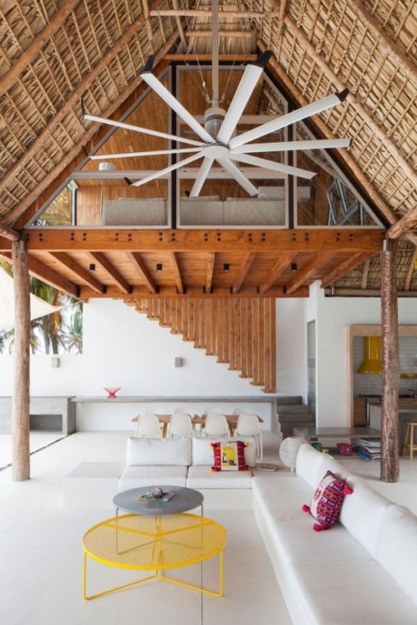 Costa-Azul-House-by-Cincopatasalgato-Architecture-03-682x1024