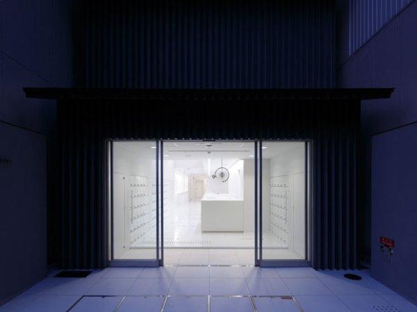 9hours-capsule-hotel-japan-1
