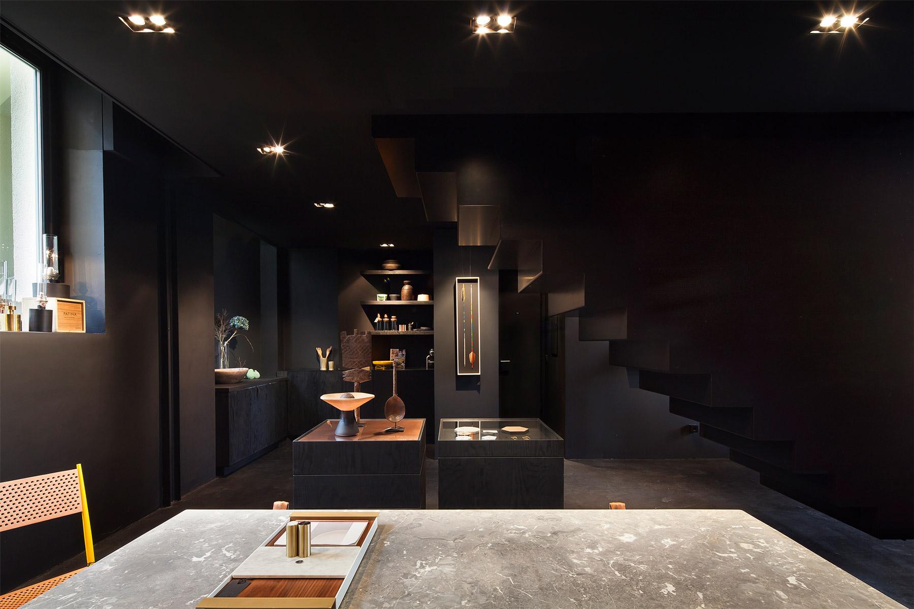 Bazar Noir Concept Store