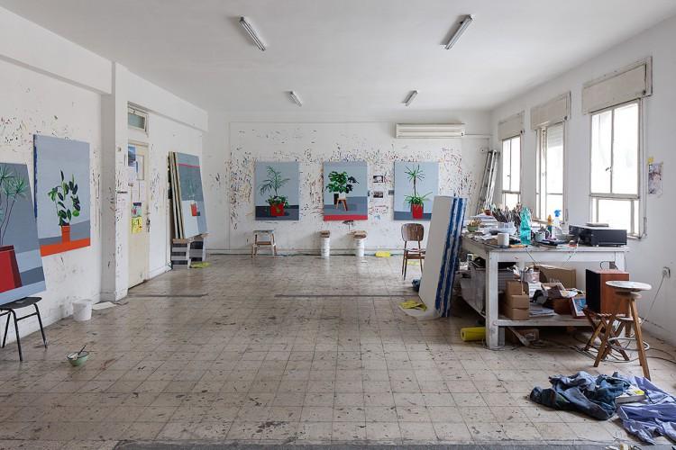 guy-yanai-israeli-artist-studio-photo-EladSarig
