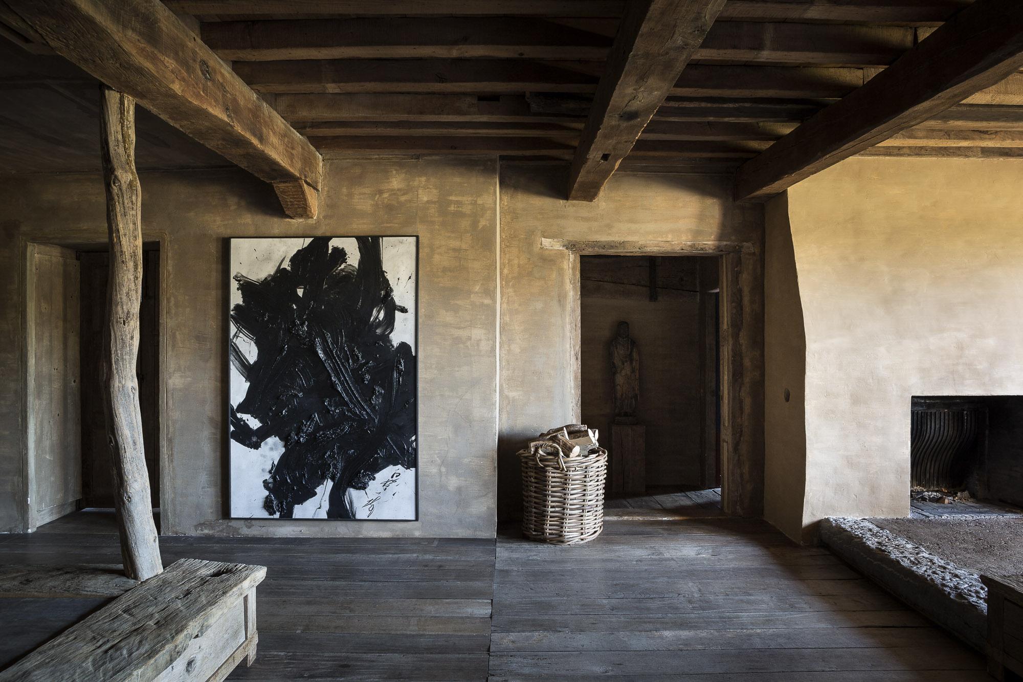 art-dealer-axel-vervoordt-belgian-estate-by-frederik-vercruysse-3