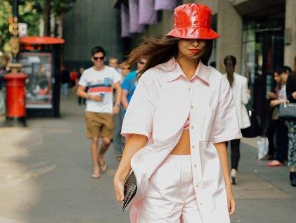 women-bucket-hat-street-style