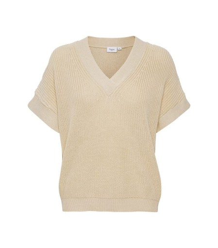 creme-knitted-pullover