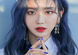 Gorgeous Matching Nails with Blue Hair Color for 2020