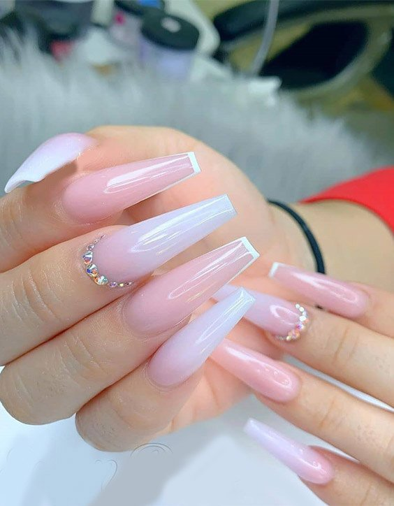 Modern & Trendy Nail Art Ideas to Rock Now