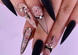 Edgy Look of Black Stiletto Nails In 2020