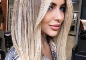 Gorgeous Blonde Highlights & Hair Looks for Young Ladies